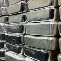 Low premium silver bullion bars